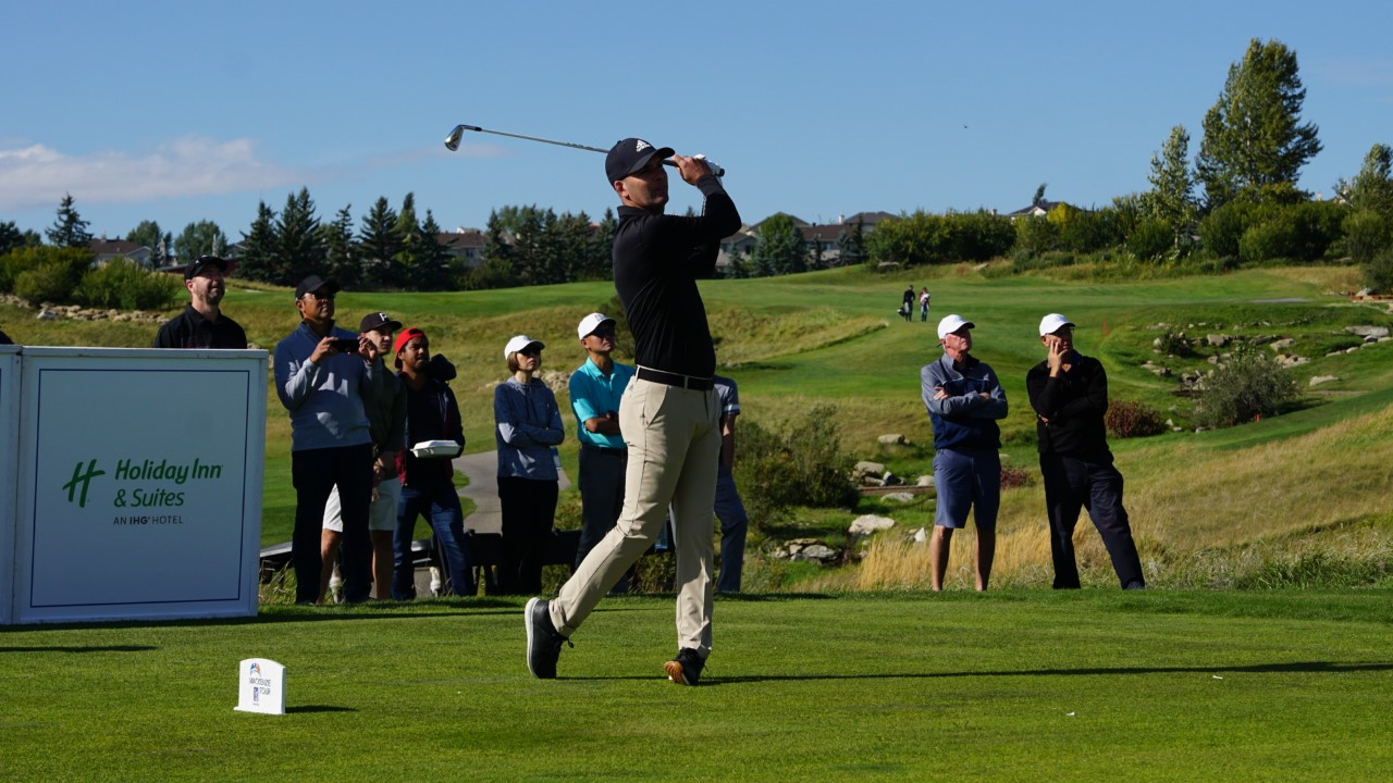 Heffernan and Barnett tied for the lead at the ATB Financial Classic